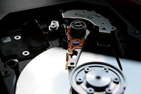 ổ cứng hhd hay ssd cho VPS